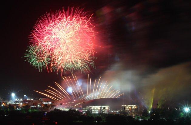 Galeri Pesta Kembang Api saat Opening Sea Games 2011