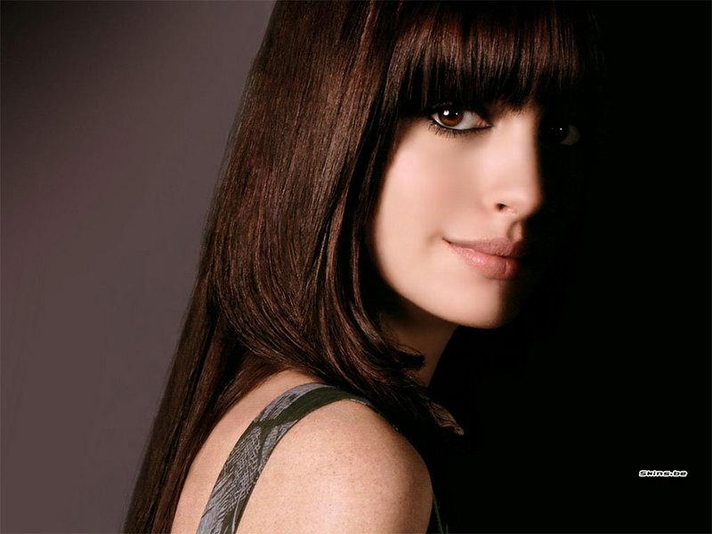 anne hathaway oscars hugh jackman. Anne Hathaway#39;s own little