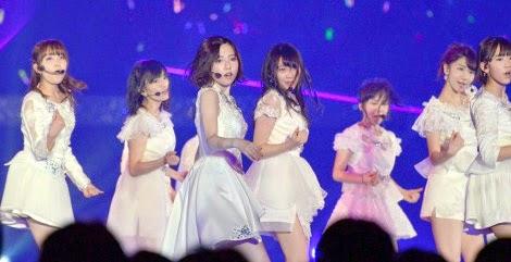 penampilan-pada-debut-single-akb48-yang-ke-40-bokutachi-wa-tatakawanai-di-ssa-02