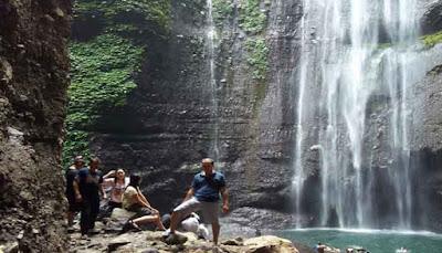 Pemandangan Air Terjun Madakaripura