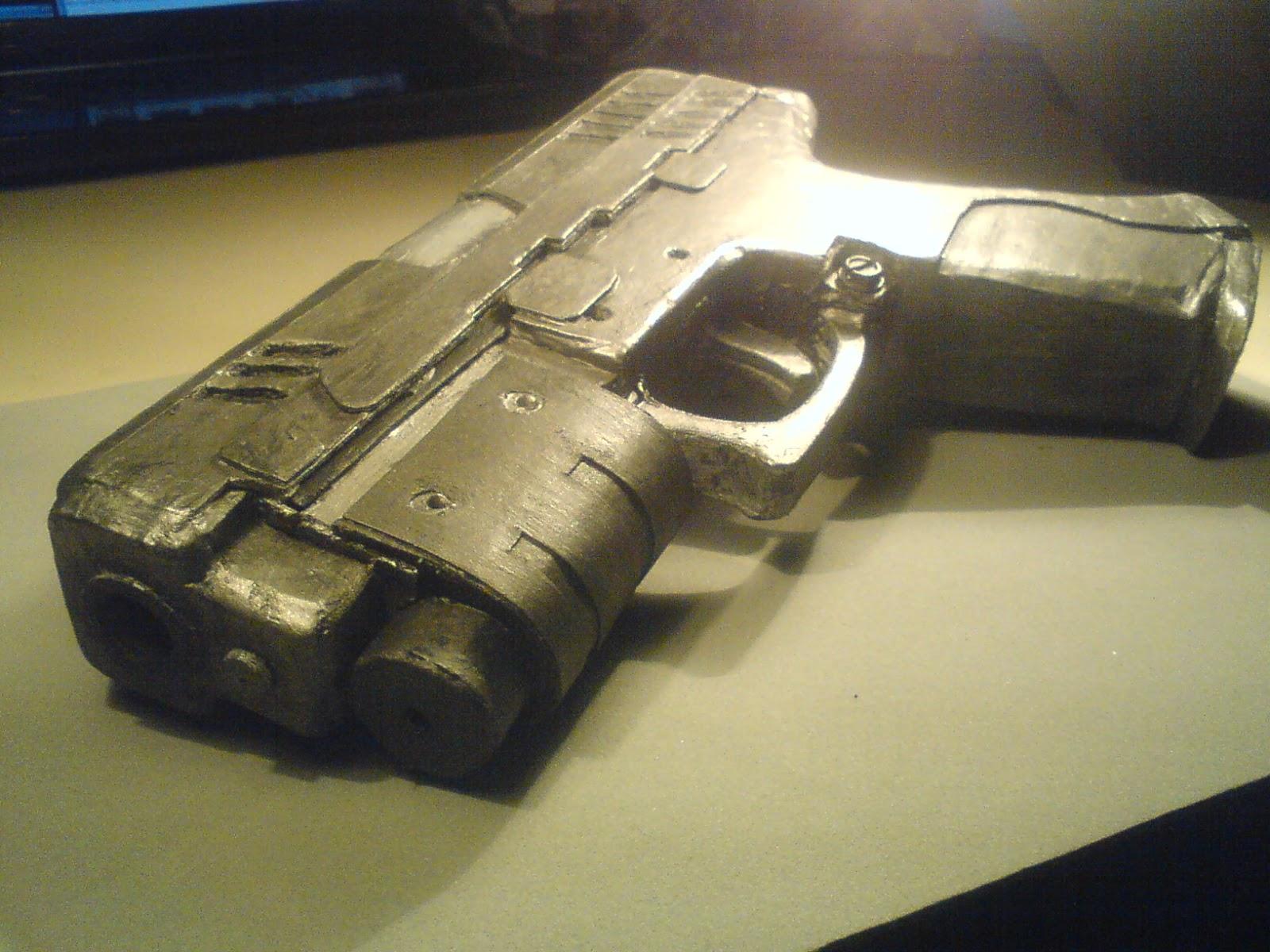 Pistola Blacktail - Resident Evil DSC04509
