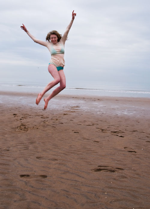 Psynopsis Morgaine Jumping at Beach