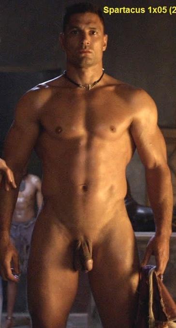 ragazzo superdotato gay bodybuilder escort