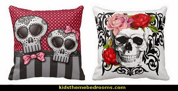Charmant Floral Skull Pillows Sculls