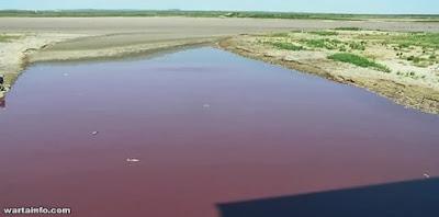 3 Misteri Sungai Yang Airnya Berubah Menjadi Darah