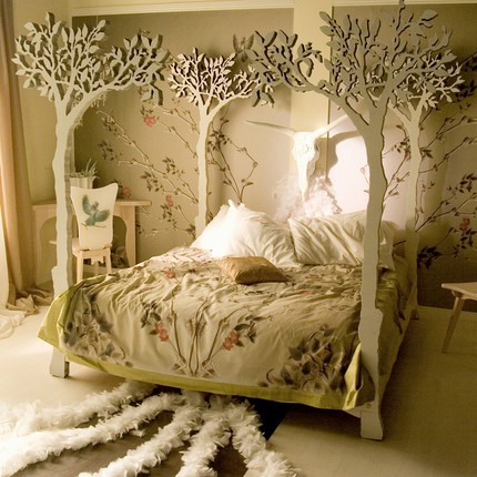 Decor Blog Amazing With Tree Canopy Bed Photos