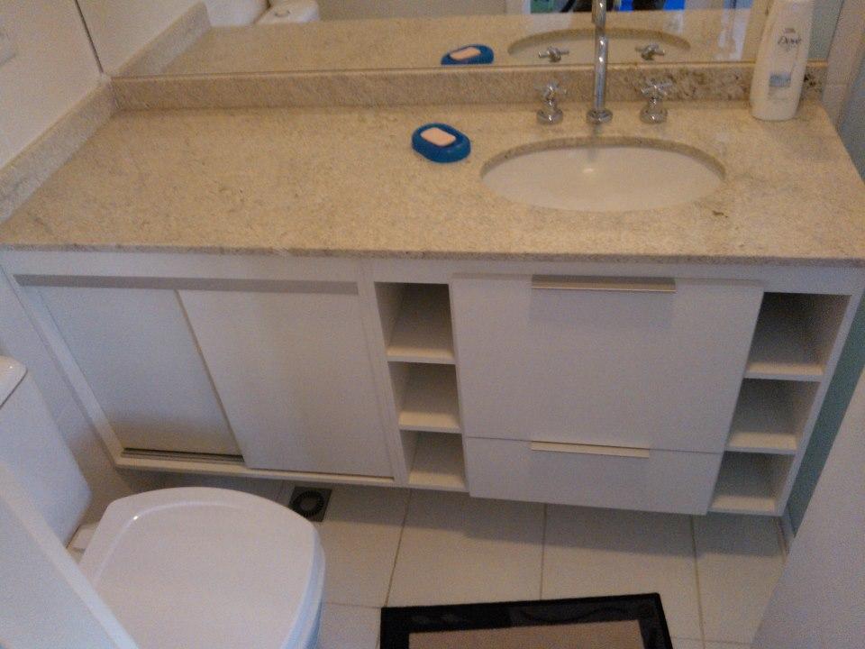 Universo Kraft Gabinete de Banheiro com Nichos, Portas de Correr e Amorteced -> Nicho Gabinete Banheiro