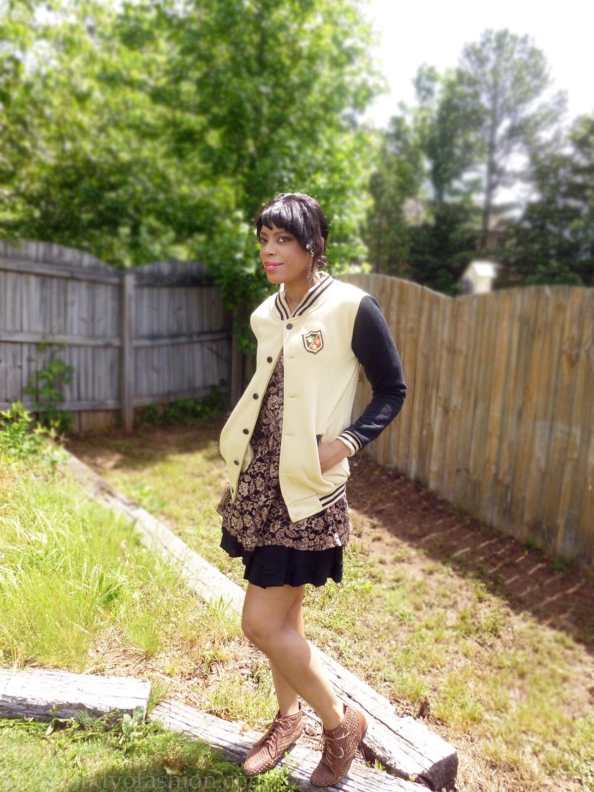 Varsity jackets style lace DIY bloggers