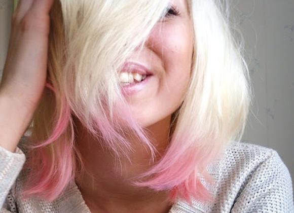 Pelo con puntas de colores en peinados 2014