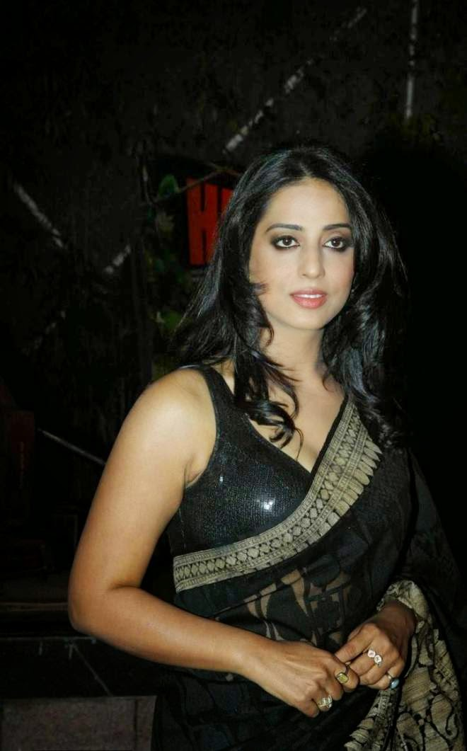 Mahie Gill Hot Photos in Saree