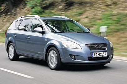 KIA Ceed CRDi Car Images