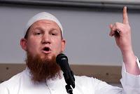 Benarkah Muslim Adalah Teroris