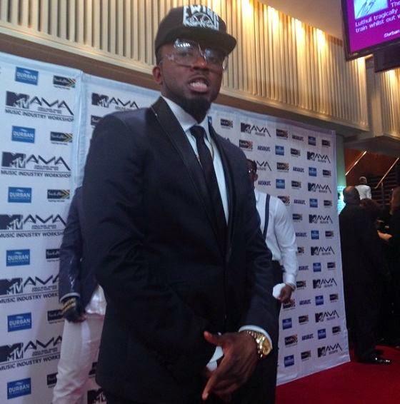 Picha za redcarpet ya MTV Awards,Diamond akiwa na Wema Sepetu na