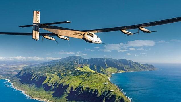 Solar Impulse 2 phá kỷ lục về chuyến bay năng lượng Mặt Trời