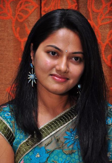 Telugu Actress Suhasini (Aparanji Fame) Photoshoot
