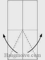 Bước 3: Gấp chéo hai cạnh giấy lớp trên cùng ra ngoài.