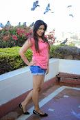 Prabhajeet Kaur Glamorous Photo shoot-thumbnail-43