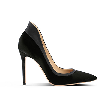 Gianvito Rossi black suede stiletto pumps