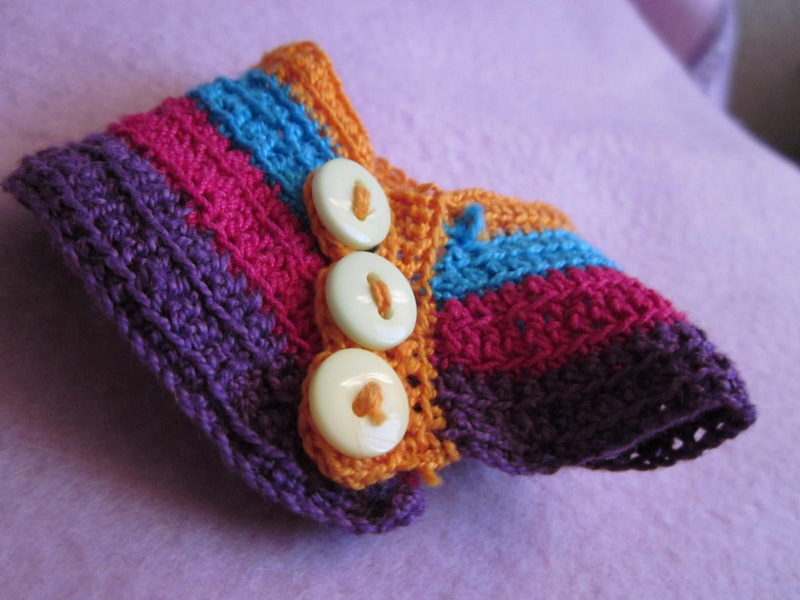 Poco a poco fui adentrándome en el Arte del Tejido con Gancho , Crochet , lo cuál ha sido muy divertido!!