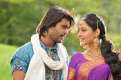 Mirchi Lanti Kurradu Movie photos Gallery-thumbnail-9