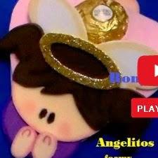 http://ronycreativa.blogspot.mx/2014/11/como-hacer-angelitos-de-foamy-o-goma-eva.html