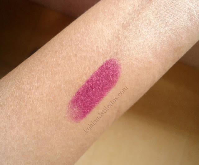 Maybelline Colorshow Creamy Matte Lipcolor 'Madly Magenta' Review, Swatch, FOTD