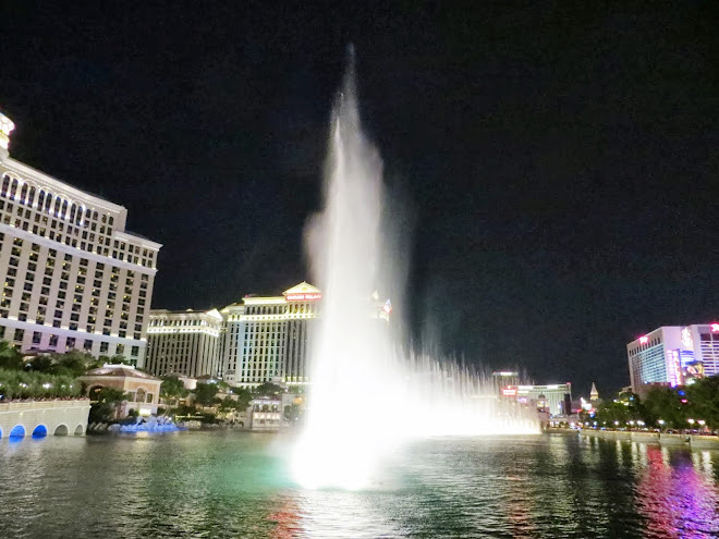 Bellagio at night.