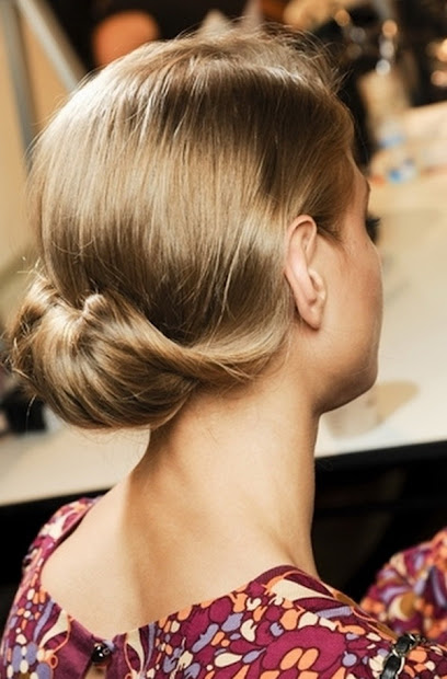 hairstyle womens long school