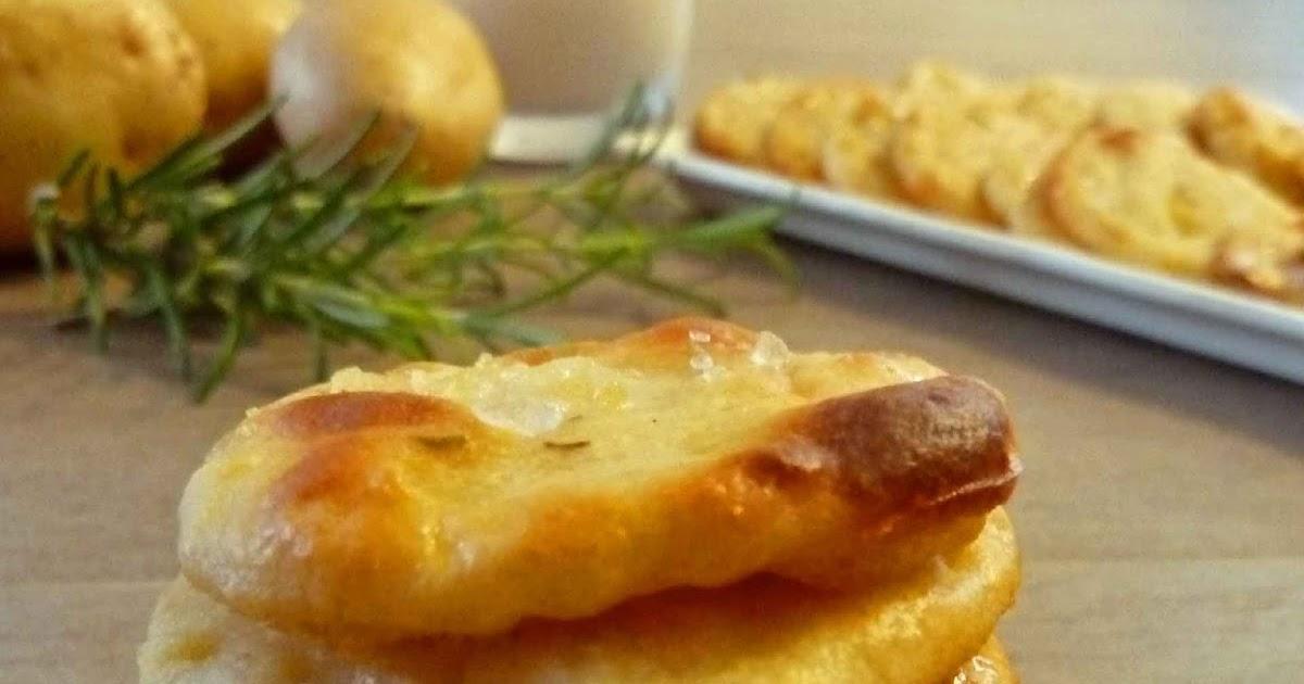 Schiacciatine con patate e latte