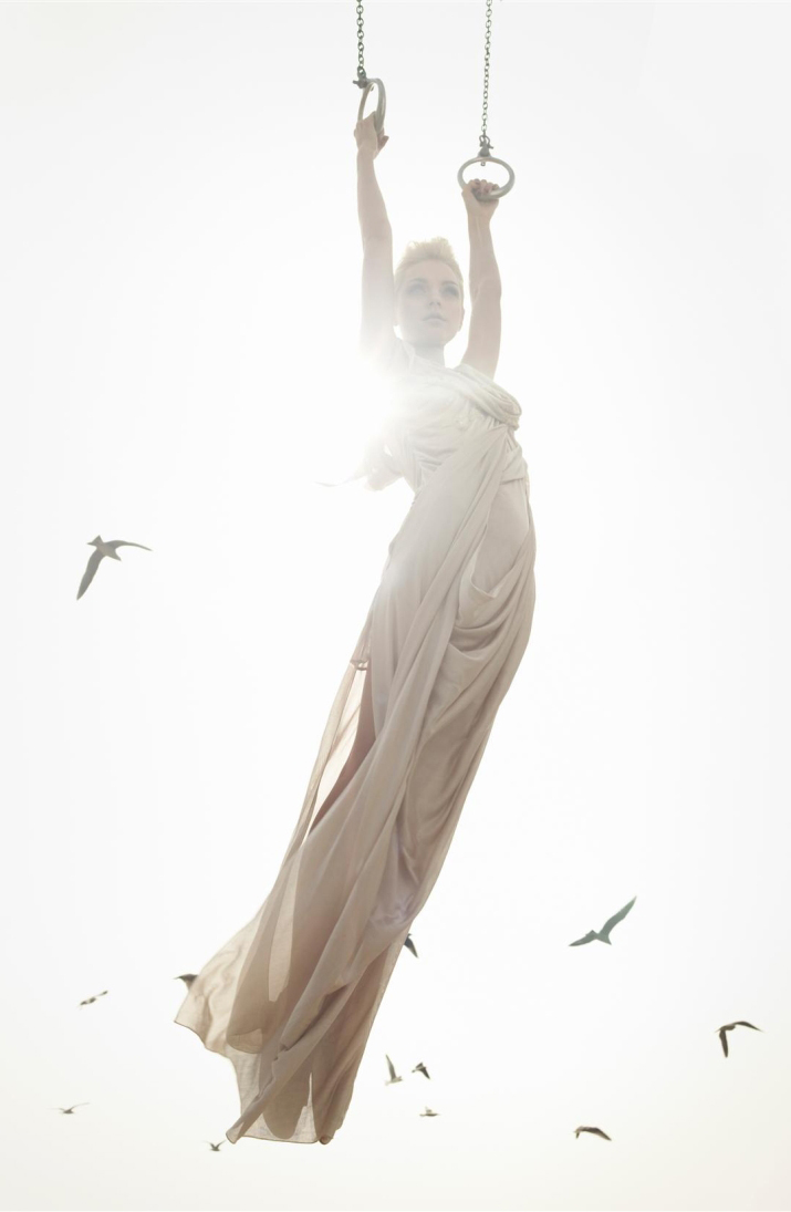 via fashioned by love | Jessica Stam in Harper's Bazaar February 2007 (photography: Solve Sundsbo)