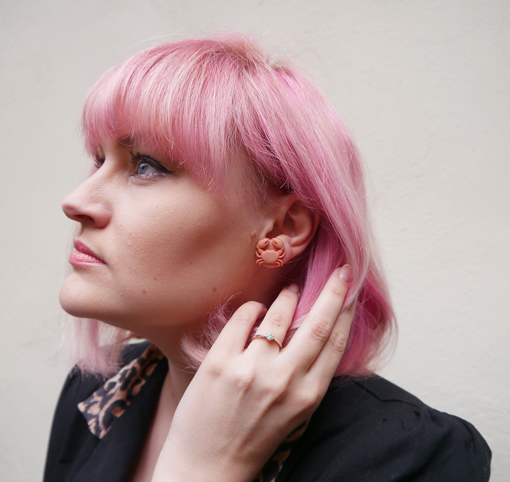 DIY hair, hair envy, hair goals, dream hair, pastel hair, pink panther, candy floss, Lady Muck of Whitstable, Scotstreetstyle, scottish bloggers, crab earring, eyes, cheekbones
