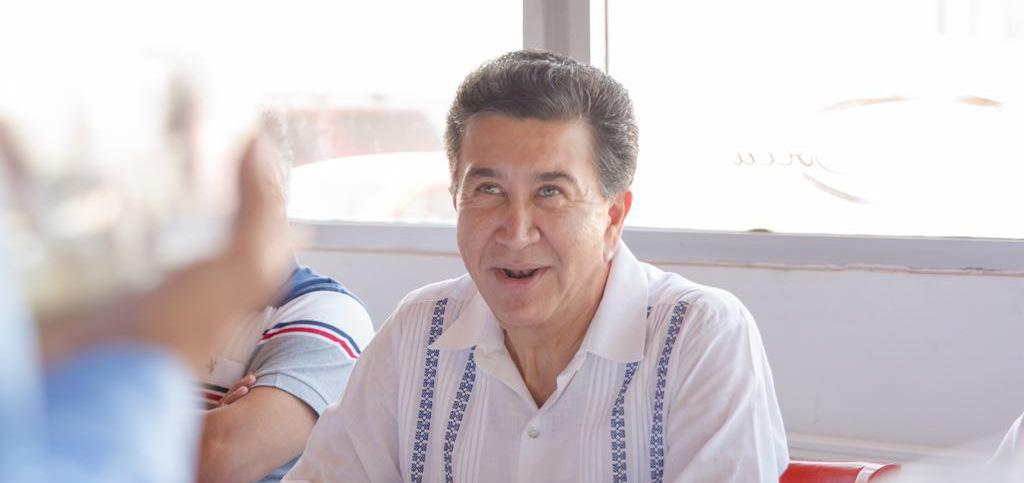 Veracruz sí ha crecido, pero en inseguridad, desempleo y deuda pública: Héctor Yunes