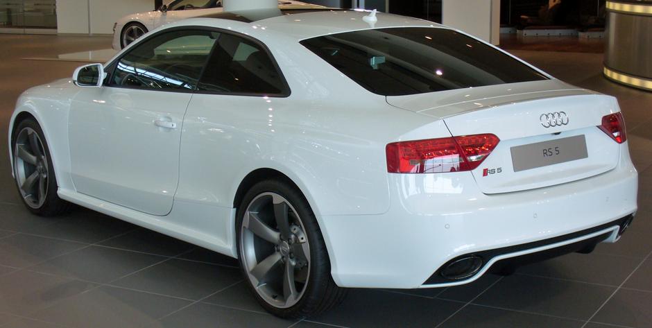 Audi S5 V8 Specs