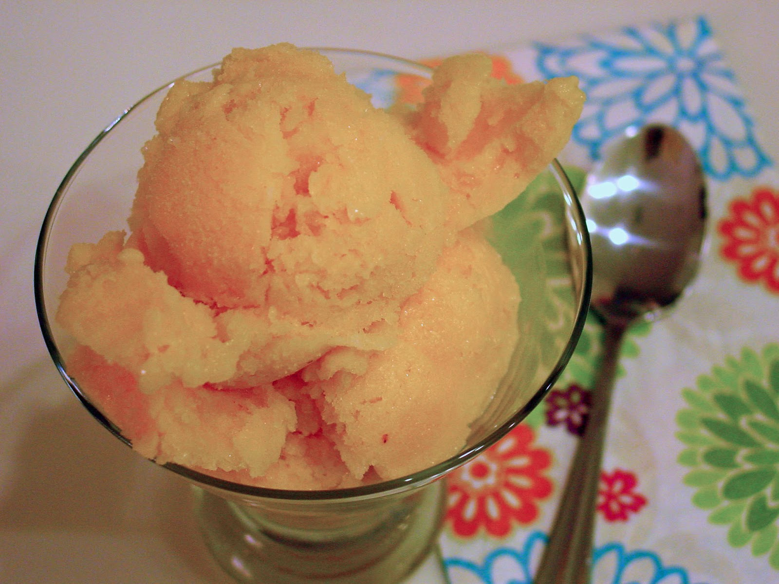 Soup Spice Everything Nice: Recipe Review: Peach Buttermilk Sherbet