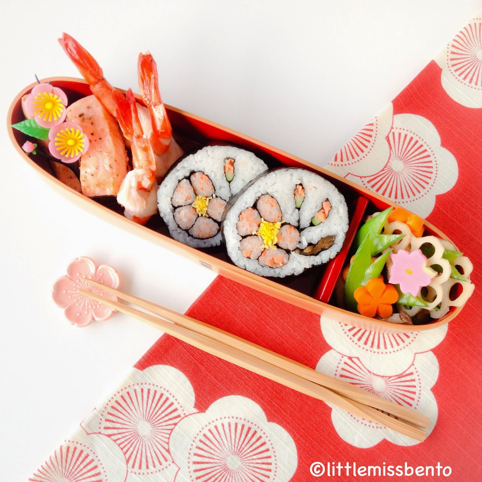 Japanese Plum Blossom Sushi Art Roll Bento 梅の木飾り巻き寿司 ...