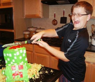 how to make a creeper cake