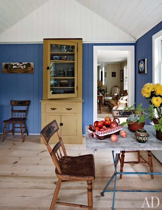 blue rustic dining room http://www.zhush.com