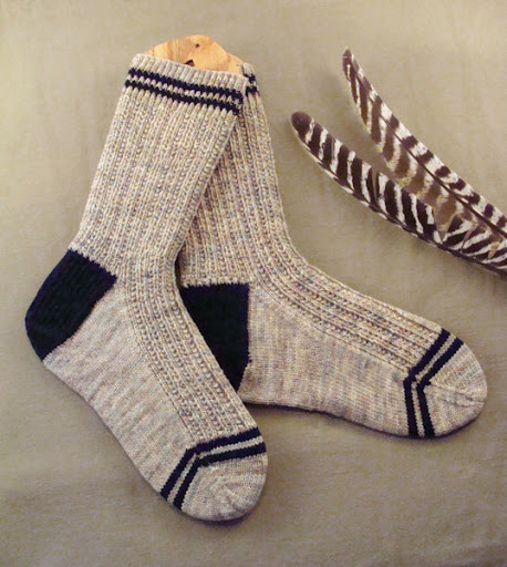 Knitting Patterns For Men s Socks On 4 Needles : BeadKnitter Patterns: Ribes Jumeaux