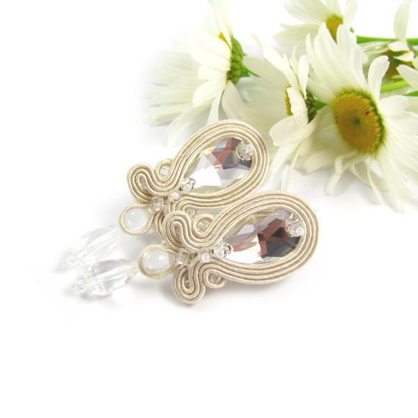Delikatne, kryształowe kolczyki ślubne