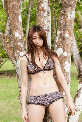 Sexy Shizuka Nakamura