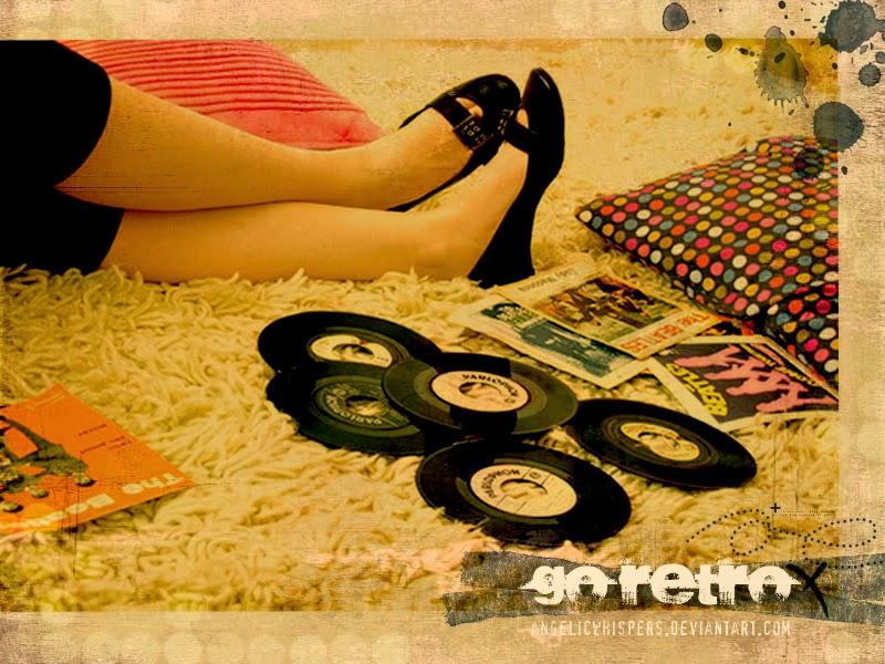 http://www.cosassencillas.com/articulos/80-fondos-escritorio-estilo-retro-vintage