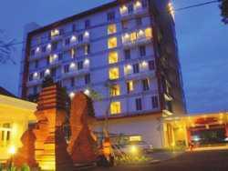 Hotel dekat Stasiun cirebon