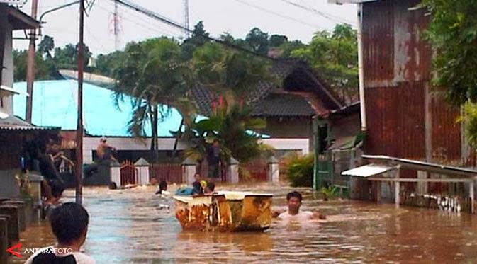 FOTO-FOTO BANJIR BANDANG MANADO 2014 Gambar Bencana Alam Banjir