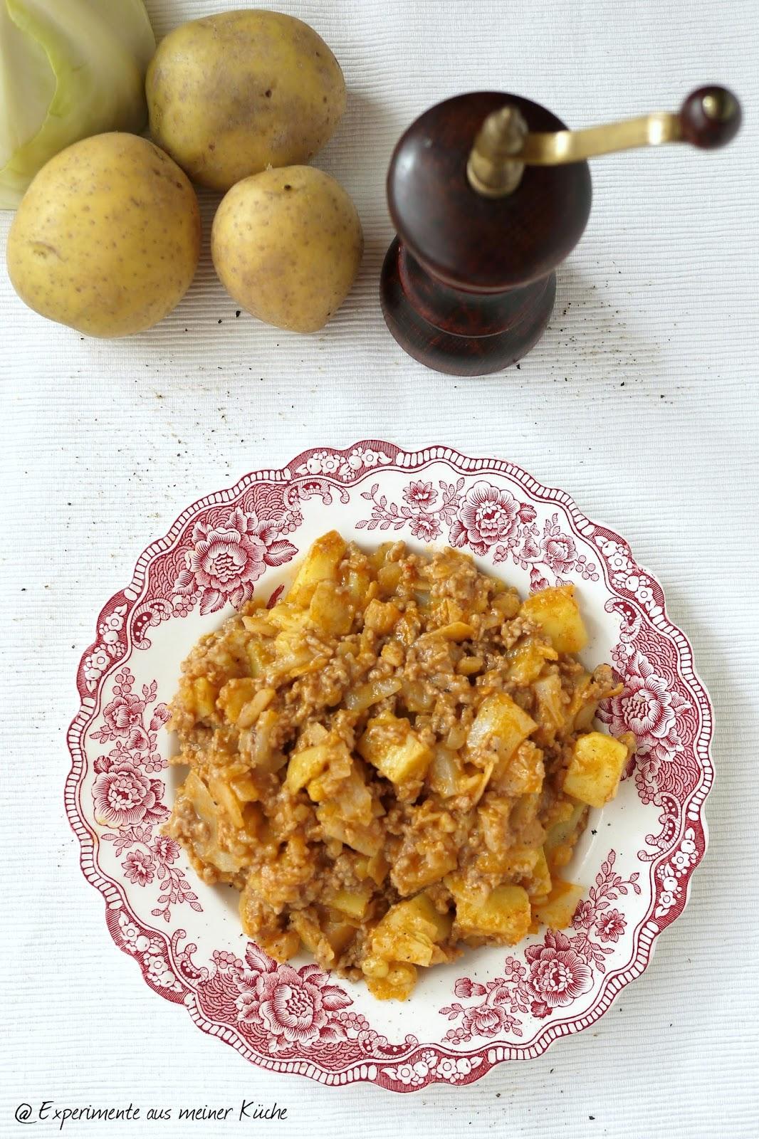 Experimente aus meiner Küche: Schichtkohl mit Hackfleisch und Kartoffeln