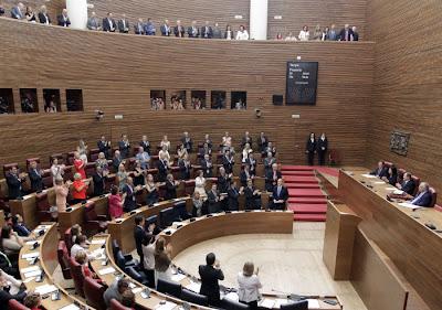 Camps asegura que la microeconomía será la base de la nueva legislatura y se compromete a mantener la inversión en políticas sociales
