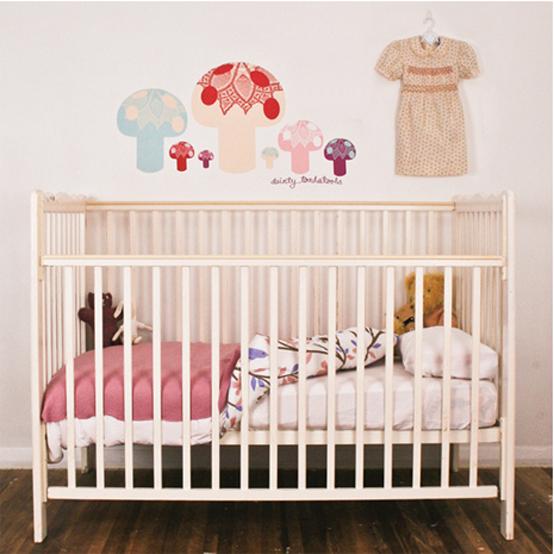 Decorando mejor decoracion de paredes para el dormitorio for Pegatinas para habitaciones