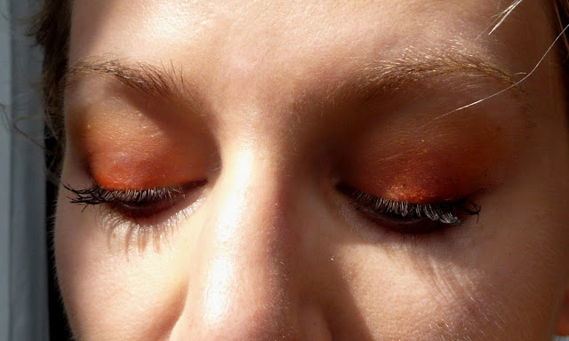 maquillage orange yeux