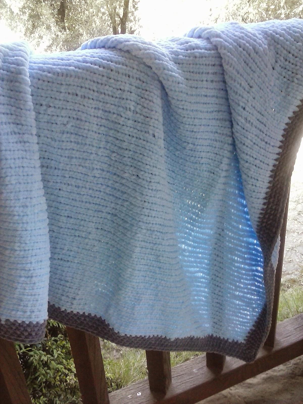 Creativo mantita de lana a dos agujas - Puntos de lana ...