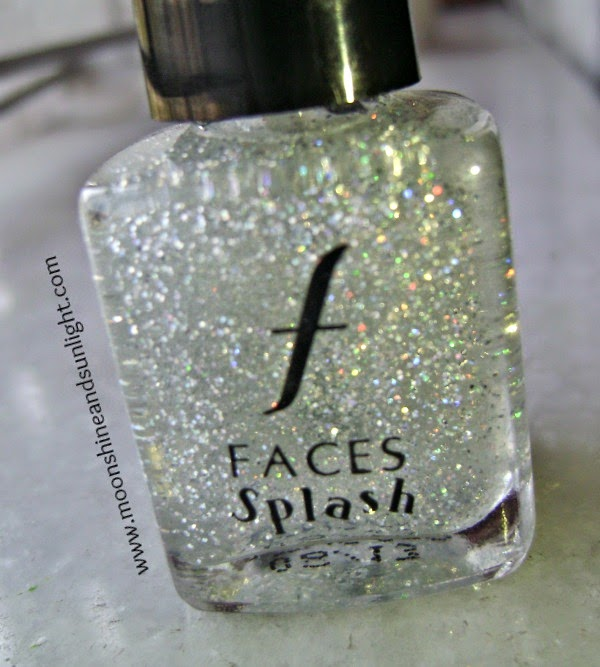 Faces splash nail polish in Sparkles (holographic glitter) review and swatches, and price in India