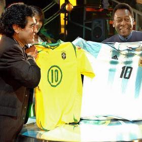 Santos a Pelé y el Barcelona a Maradona